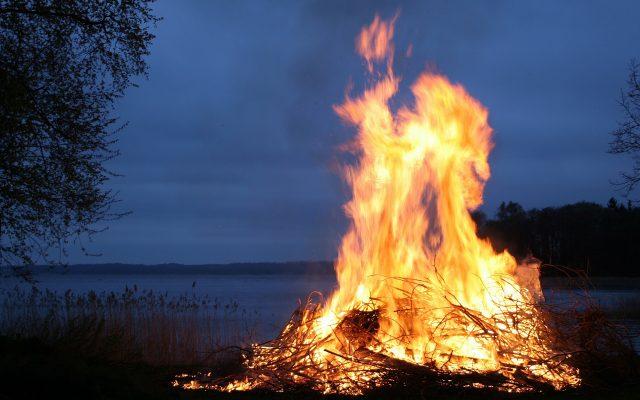 Sobótka na Kaszubach. Ogień oczyszcza 1