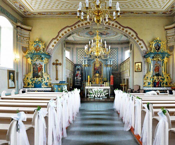 Garczyn, kościół pw. św. Andrzeja Apostoła. Szesnastowieczna świątynia z figurką Pięknej Madonny 1