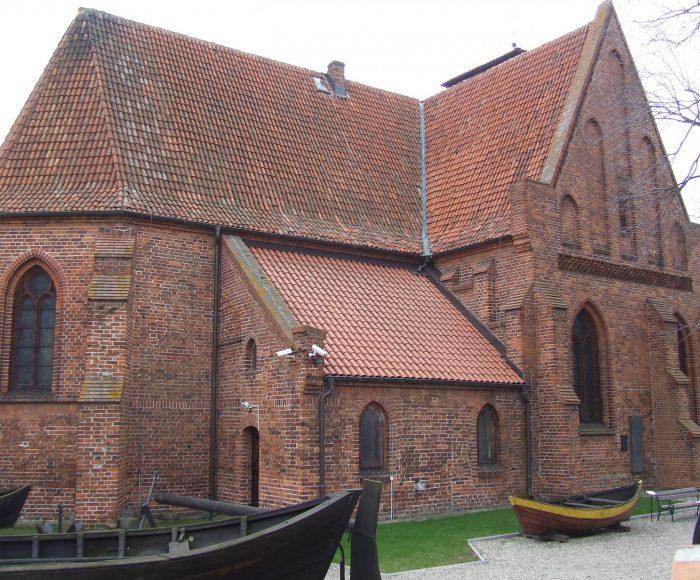 Hel, Muzeum rybołówstwa. Wystawa w murach kościoła