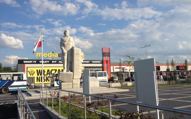Kościerzyna. Pomnik Józefa Wybickiego, syna Ziemi Kaszubskiej, twórcy słów hymnu polskiego