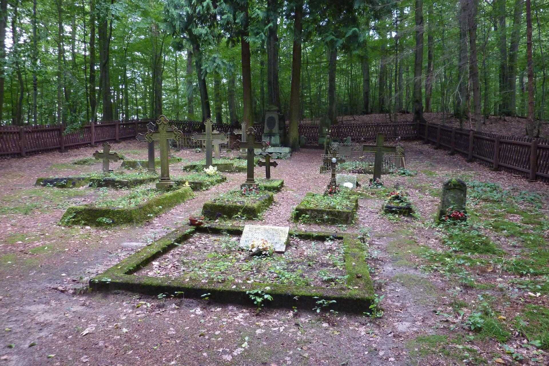 Pyszno, Cmentarz Leśników, źródło: wikipedia.org