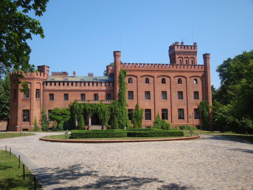 Fot.: Rzucewo, Zamek Jan III Sobieski, źródło: Wikipedia, autor: Ciacho5