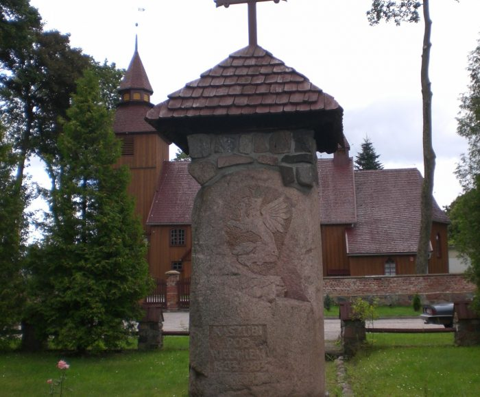 Brzeźno Szlacheckie. Drewniany kościół z XVIII wieku