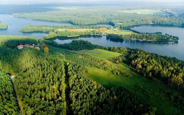 Czarna Dąbrówka. Gmina wypełniona jeziorami 1