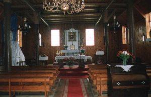 Wnętrze kościoła w Mikorowie, źródło: http://cit.czarnadabrowka.com.pl/index.php/turystyka/polecane-miejsca/item/362-kosciol-w-mikorowie.html
