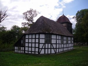 Jasień, kościół, źródło: http://cit.czarnadabrowka.com.pl/index.php/turystyka/polecane-miejsca/item/360-kosciol-w-jasieniu.html