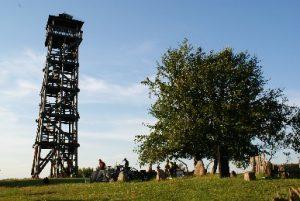 Piaszno, wieża widokowa, źródło: http://www.goralemana.cba.pl/kontakt.html