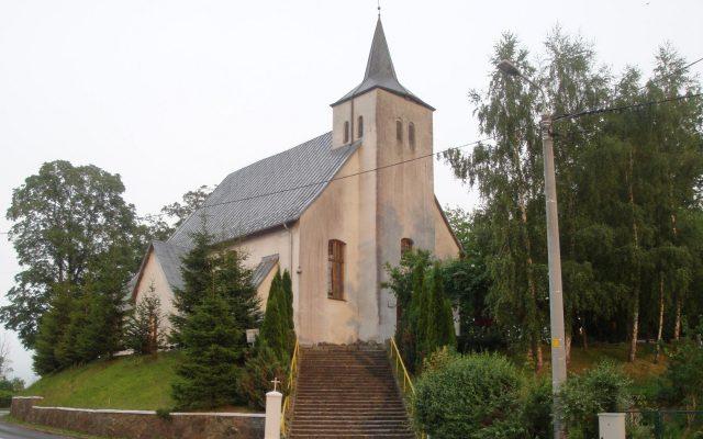 Charbrowo, Kościół pw. św. Józefa Oblubieńca