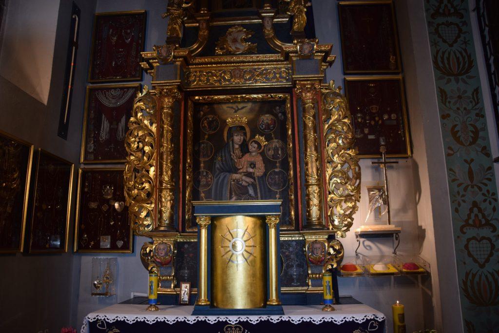 Kościerzyna. Dwa sanktuaria  Matki Bożej w jednej parafii 1