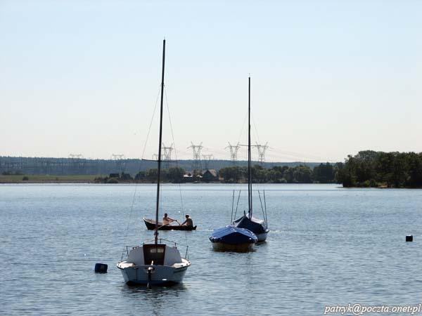 """Nadole, przystań na Jeziorze Żarnowieckim. Rejsy statkiem wycieczkowym """"Nadolanin"""""""