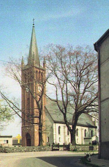 Gardna Wielka, kościół pw. Nawiedzenia Najświętszej Marii Panny. Gotycka świątynia z XV wieku