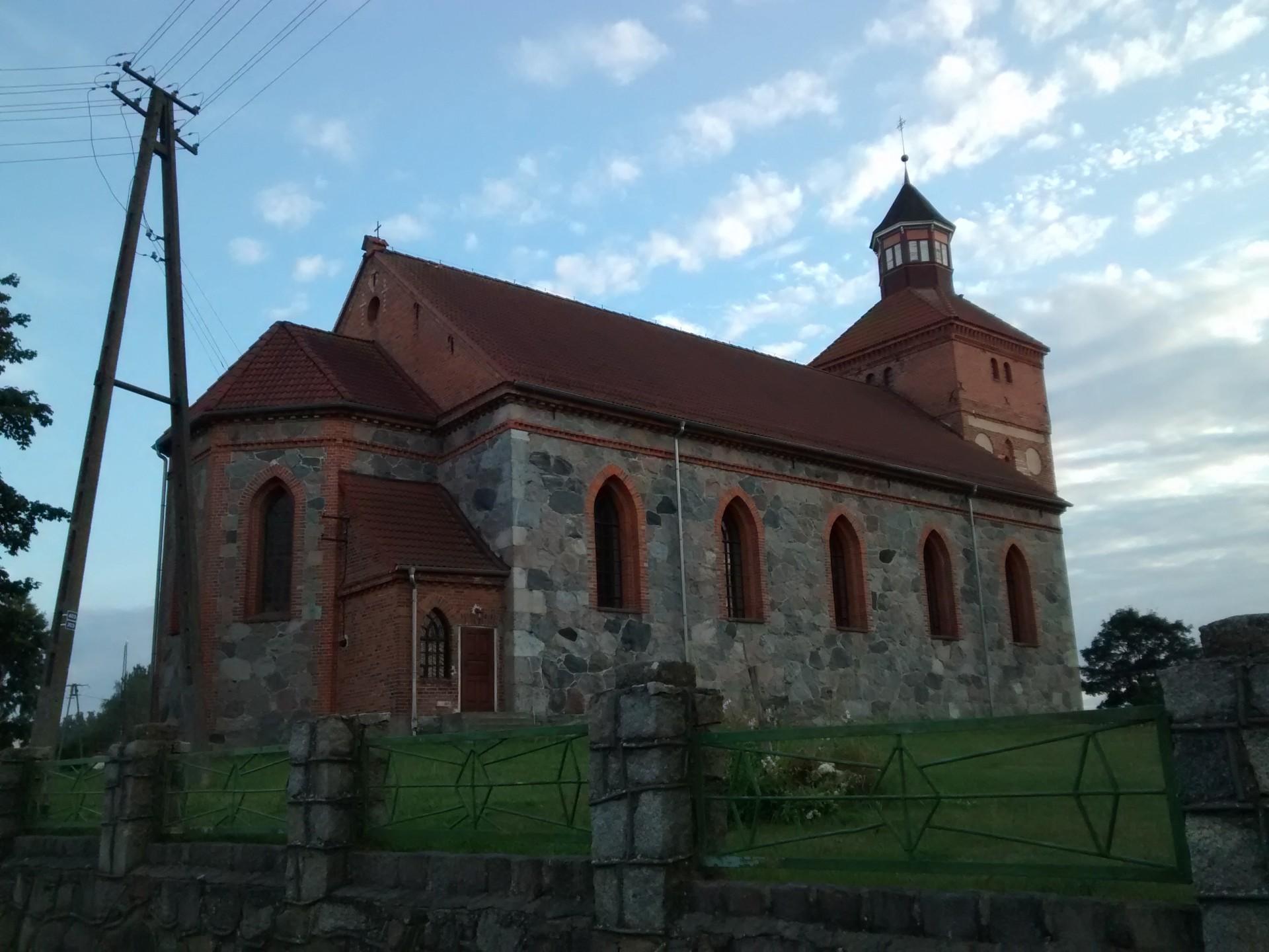 Kwakowo. Kościół Niepokalanego Poczęcia Najświętszej Marii Panny Źródło: Wikipedia.org Autor: Zentyg45