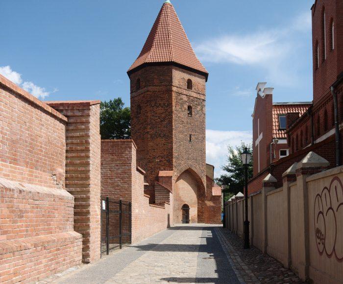 Lębork, Baszta Bluszczowa. Wieża bez bluszczu
