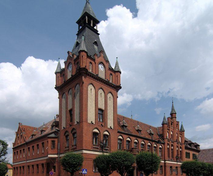 Lębork, Ratusz Miejski. Perełka neogotyckiej architektury Kaszub