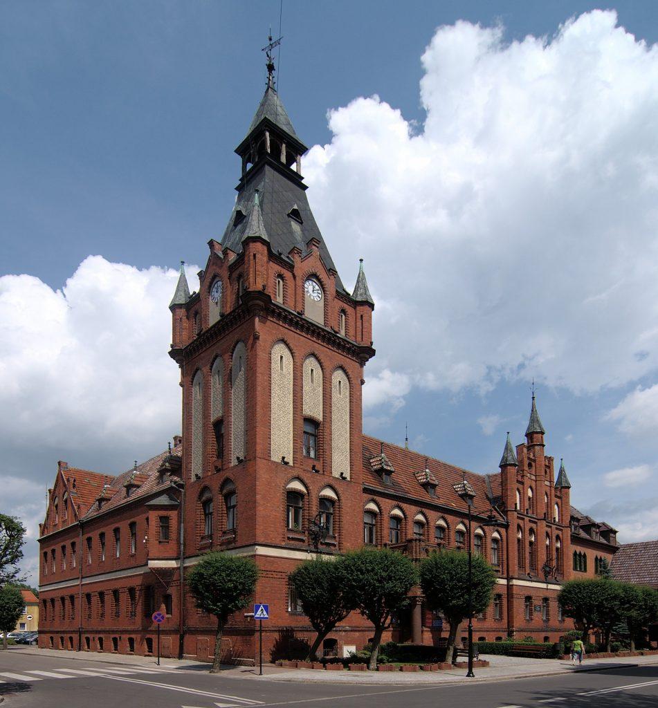 Fot.: Lębork, Ratusz Miejski, źródło: Wikipedia, autor: Tomasz Górny