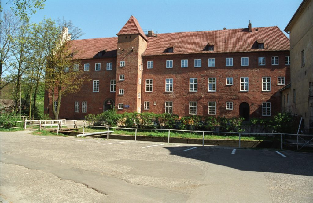 Fot.: Lębork, Zamek Krzyżacki, źródło: Wikipedia, autor: Jerzy Strzelecki