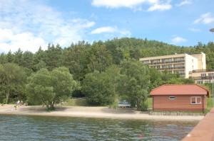 Jezioro Żarnowieckie, przystań Lubkowo DPS. Zaciszne miejsce kąpieliskowe