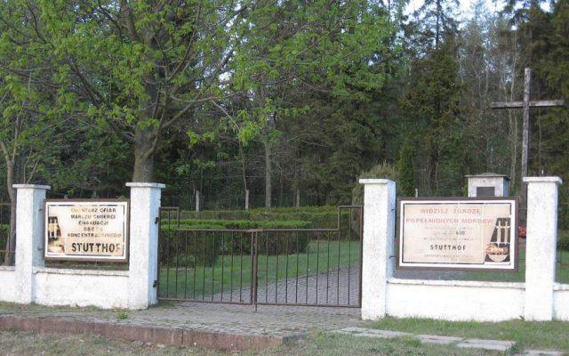 Nawcz, Cmentarz i Kościół-Pomnik Ofiar Marszu Śmierci