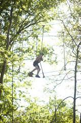 Łeba, Park linowy TARZAN. Sprawdź się na leśnych torach przeszkód
