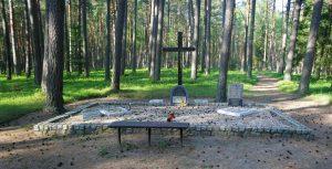 Fot.: Piaśnica, Miejsce zbrodni hitlerowskich, źródło: Wikipedia, autor: Paweł Marynowski