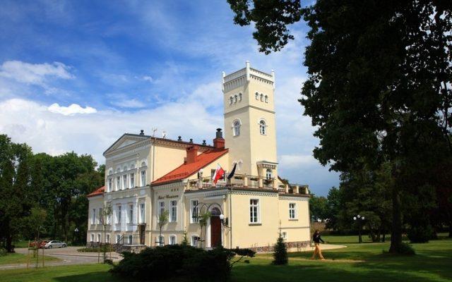 Rekowo Górne, Pałac Hotel Wieniawa. Perła Ziemi Puckiej
