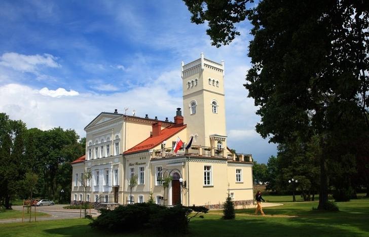 Fot.: Rekowo Górne, Pałac Hotel Wieniawa, źródło: Wikipedia, autor: Marek i Ewa Wojciechowscy