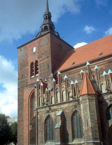 Słupsk. Kościół Mariacki, gotycka świątynia w sercu miasta