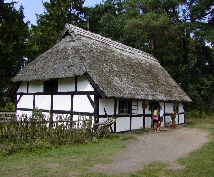 Kluki. Skansen – Muzeum Wsi Słowińskiej, tutaj zatrzymał się czas