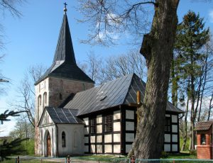 Kościół pw. św. Franciszka z Asyżu w Wytownie Źródło: Wikipedia.org Autor: Mikołaj Kirschke