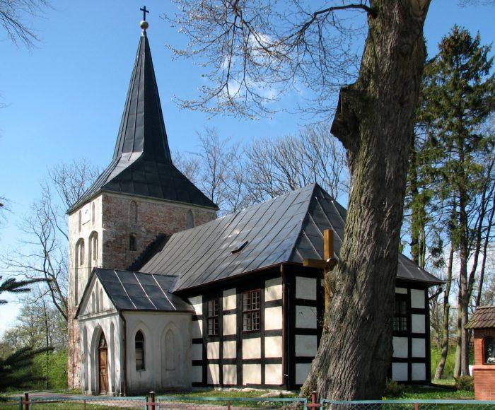 Wytowno. Kościół pw. św. Franciszka z Asyżu. Piękna budowla szachulcowa