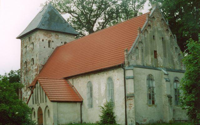Zębowo. Kościół pw. Matki Boskiej Wspomożenia Wiernych. Początki sięgające XV wieku