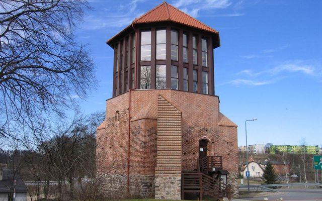 Debrzno. Baszta Czarownic i mury obronne z czasów krzyżackich 3