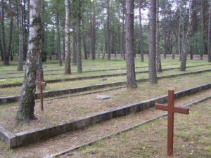 Człuchów i okolice, Czarne, cmentarze wojenne, źródło: www.czarne.pl