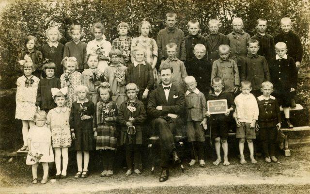 Szkoła, Stara Huta 1930