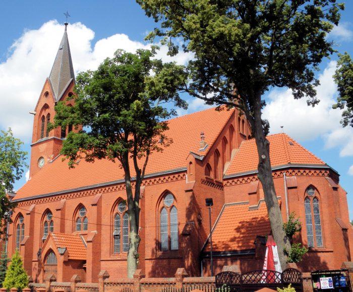 Stara Kiszewa. Kościół pw. świętego Marcina. Parafia założona w XIV wieku przez Krzyżaków