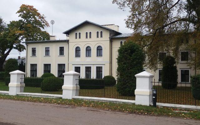 Kłanino, Pałac rodziny von Grassów – historia pruskiej arystokracji