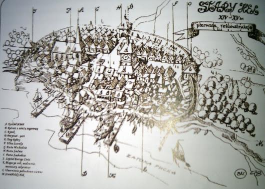 Rekonstrukcja Starego Helu. Widoczne mury miejskie, ratusz, kamienice. Źródło: plus.google.com