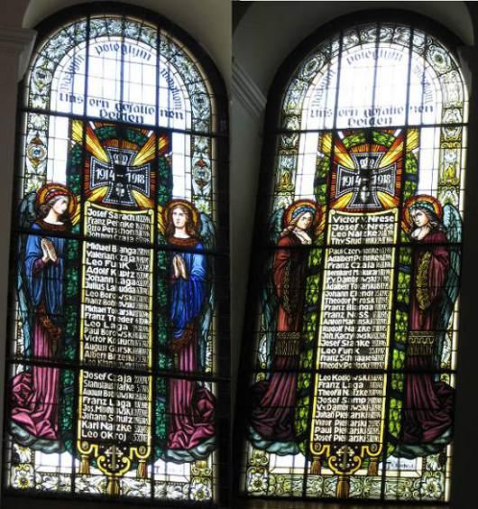Witraże w kościele w Rozłazinie, źródło: wikipedia.org