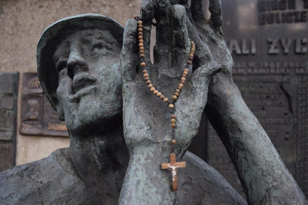 Pomnik poświęcony ofiarom Grudnia '70. Fot. Tomasz Słomczyński/Magazyn Kaszuby