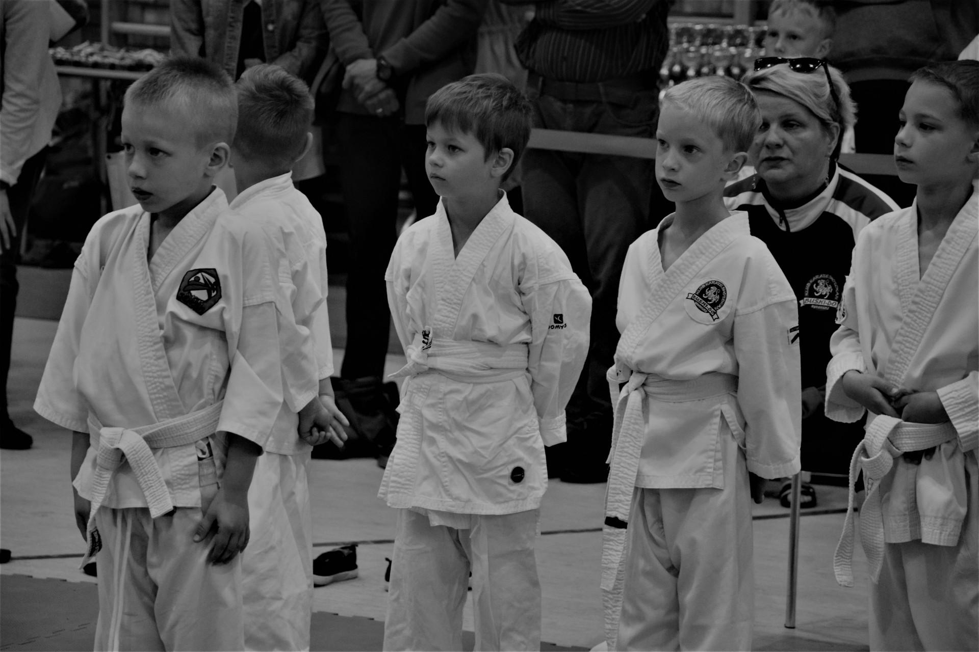 Karate - fotoreportaż. Żukowo, niedzielne przedpołudnie 2