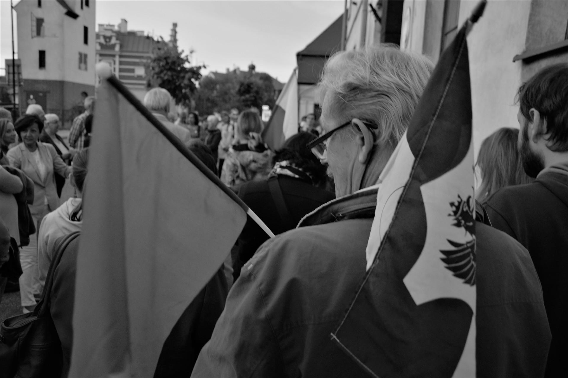Kartuzy, 24 lipca 2017. Protest w obronie sądów. Fot. Tomasz Słomczyński/Magazyn Kaszuby