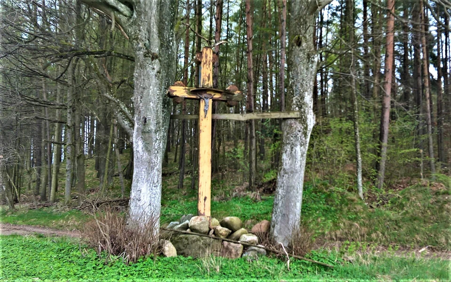 Nowa Huta - Porzecze. Listonosz, ułan i demon burzy 5