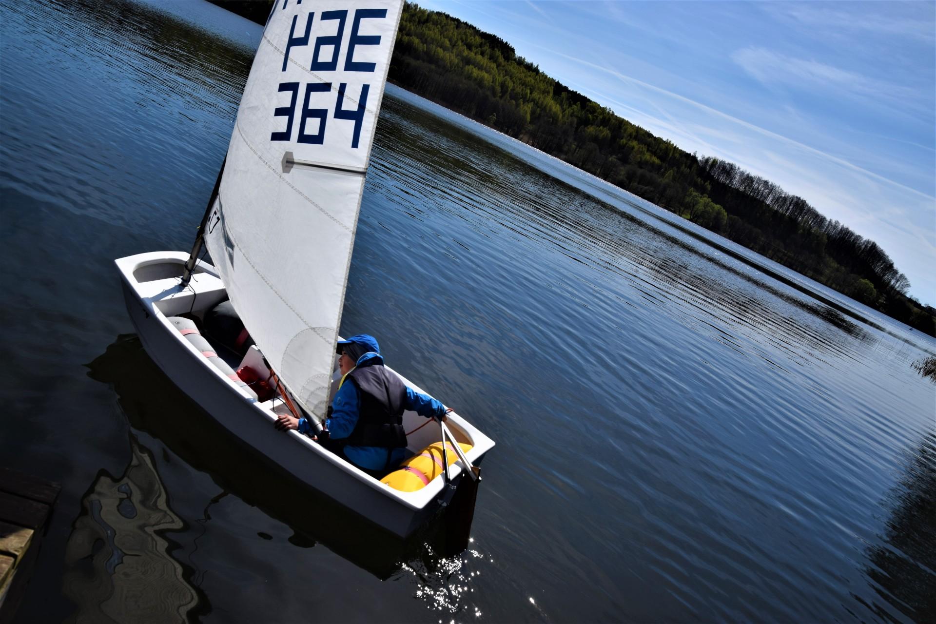 Żagle na Kaszubach. Dzieciaki na łódkach [FOTOREPORTAŻ] 5