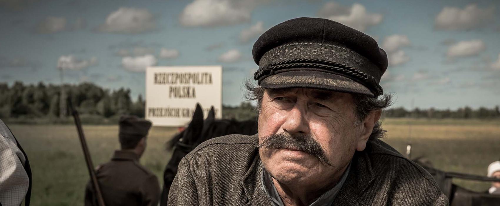 """Janusz Gajos Kaszubą. """"Kamerdyner"""" w kinach od 21 września [TRAILER] 1"""