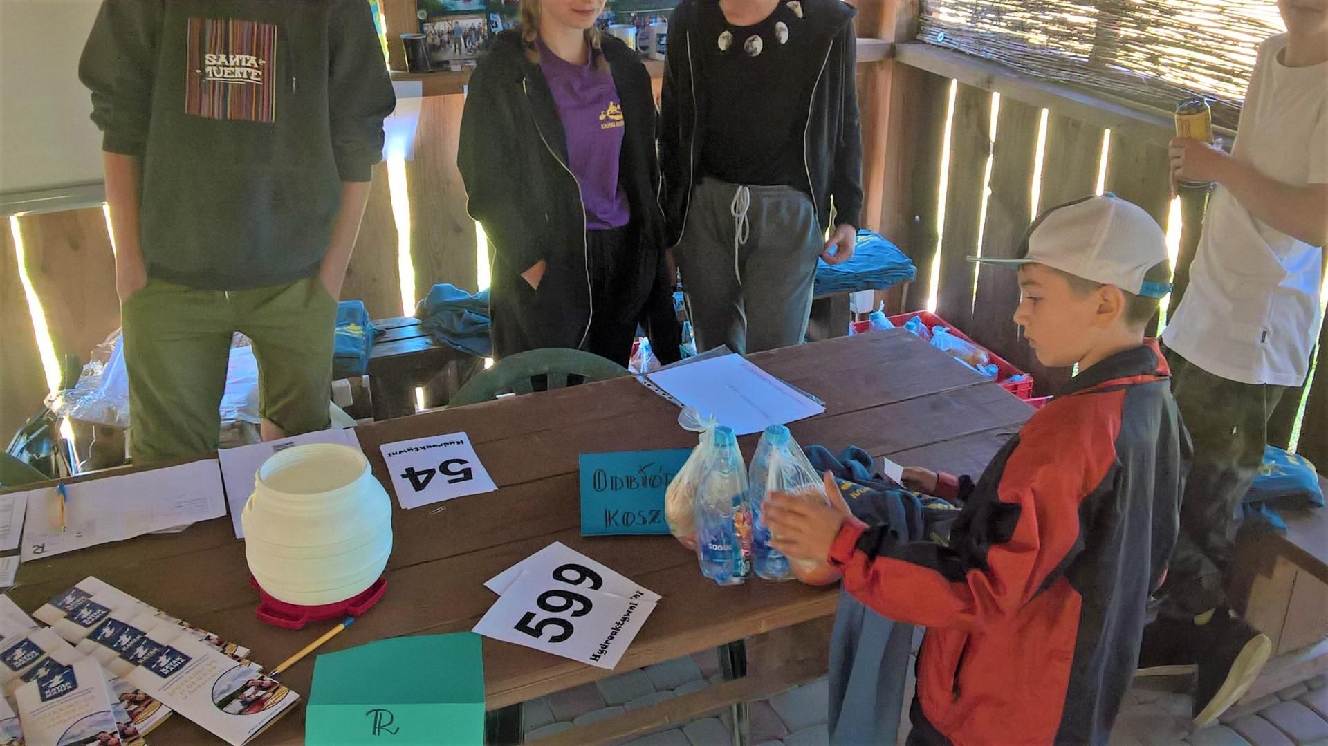 Spływ kajakowy Hydroaktywni 2018. Spłynęliśmy z klimatem  [FOTORELACJA, FILM]