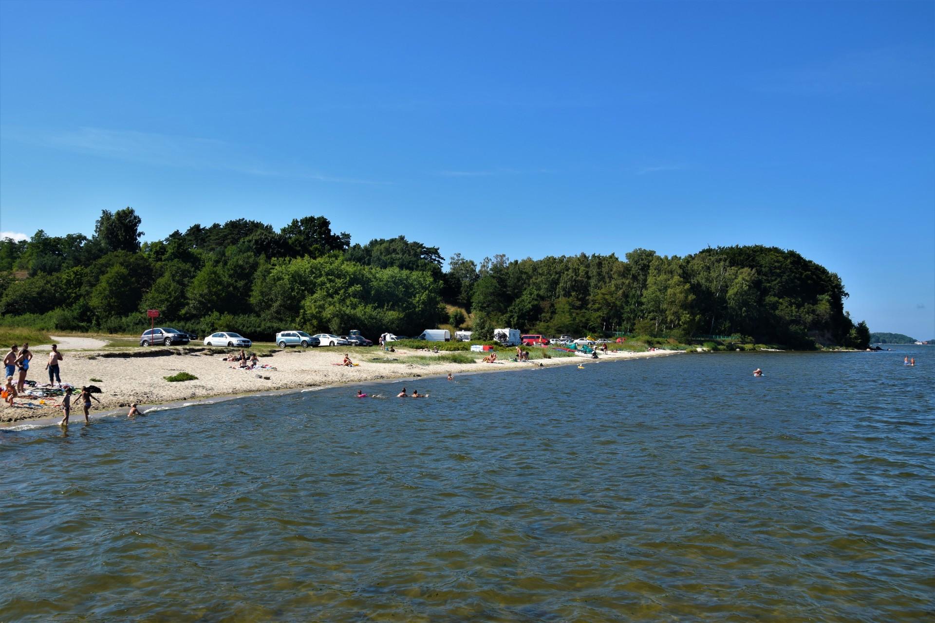 Cicha kameralna plaża w Osłoninie i Rzucewie. Plażing chodzony 8