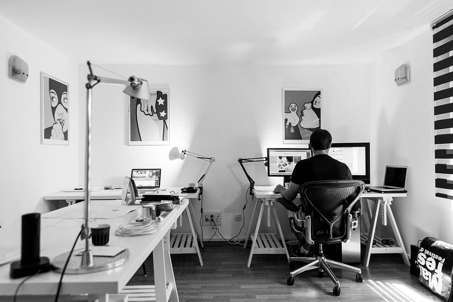 Urządzenie wielofunkcyjne do małego biura – na jakie parametry zwrócić uwagę
