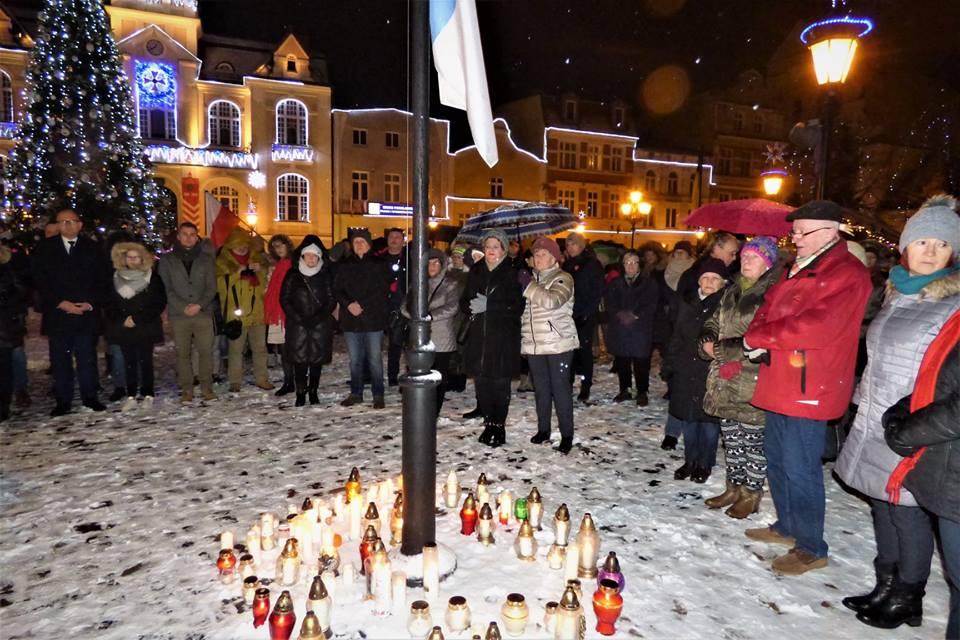 Kaszubi żegnają prezydenta Pawła Adamowicza 3
