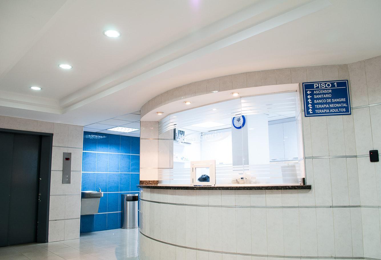 Jak zarezerwować wizytę w placówkach Grupy LUX MED ?