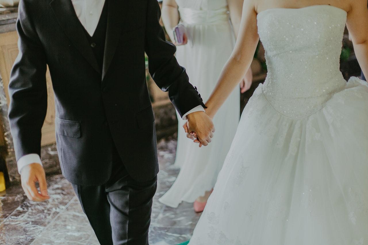 Jak wybrać wymarzoną i idealną suknię ślubną? 1